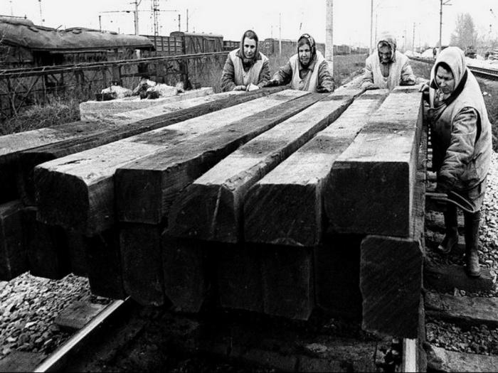 Прокладывание железной дороги.