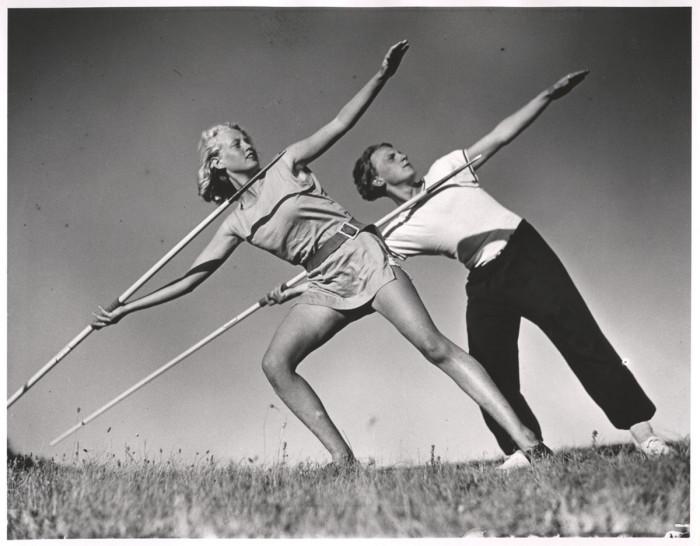 Тренеры по лёгкой атлетике на острове Хиддензе, западнее от острова Рюген, в Балтийском море, 1931 год.
