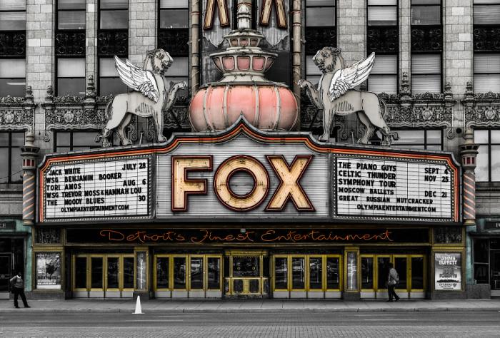 Театр Фокс, который считается драгоценной жемчужиной в Детройте. Автор фотографии: Майк Фричер.