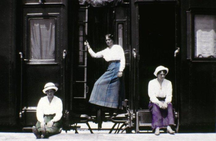 Мария, Ольга и Татьяна Романовы.