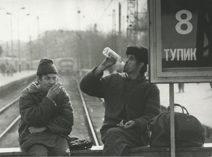 Отдых на Курском вокзале. СССР, 1989 год.