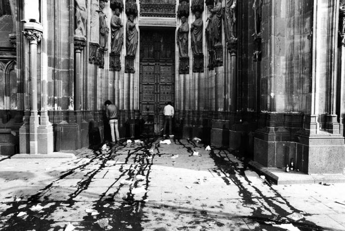 Кёльнский собор в день карнавала, 1983. год.