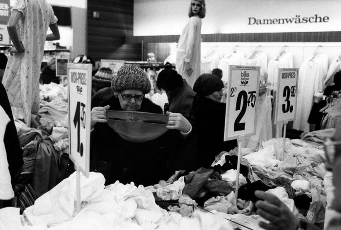 Зимняя распродажа в Берлине, 1983 год.
