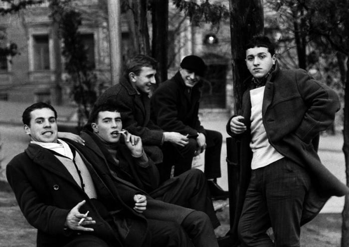 Молодые грузины. Грузия, Тифлис, 1962 год.