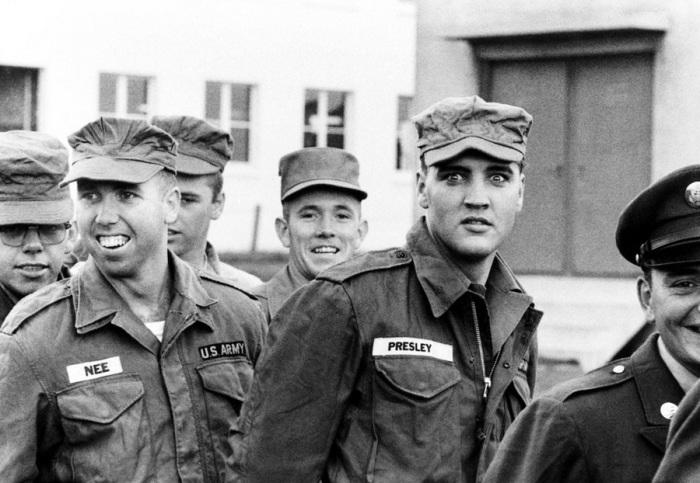 Элвис Пресли в Фридберге (Гессен), 1958 год.