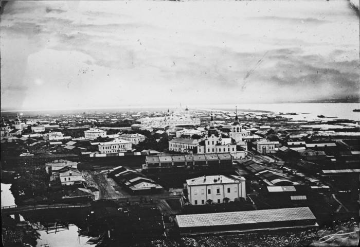 Общий вид города в Тюменской области. Россия, 1895 год.