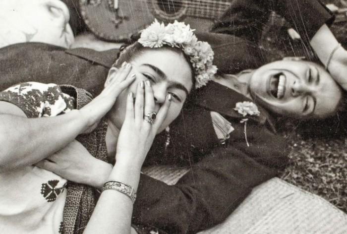 Художница Фрида Кало и певица Чавела Вергас.