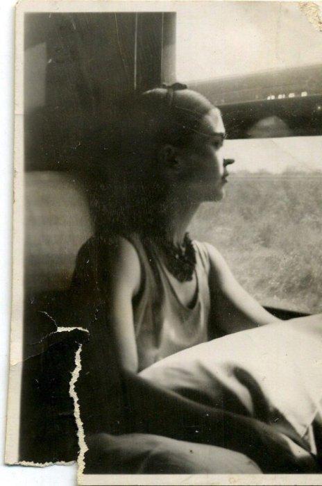 Фрида Кало, сфотографированная Сильвией Салми в 1944 году.