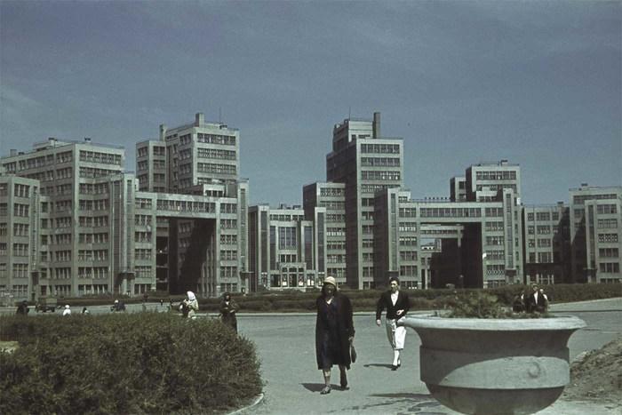 Здание Госпрома в оккупированном Харькове.