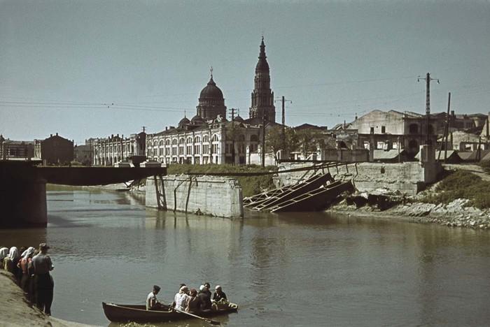 Реки Лопань в районе Центрального рынка.