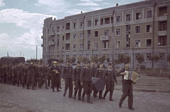 Похороны немецкого лётчика в 1942 году.