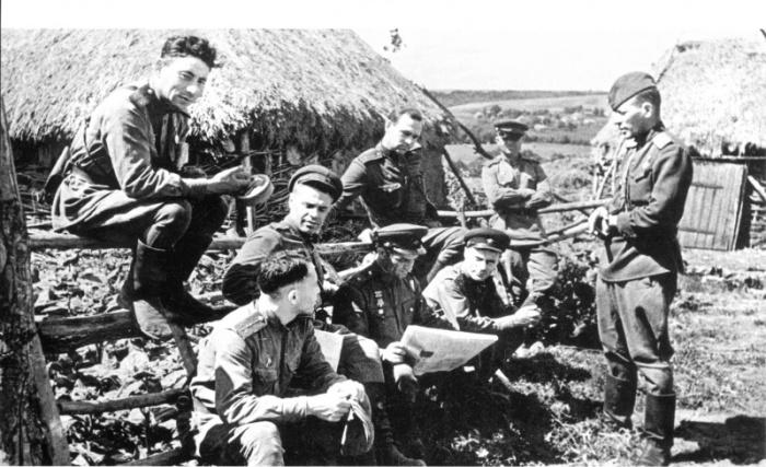 СССР, Деревня Кубань, Курская область, 1943 год. Автор фотографии: Виктор Кинеловский