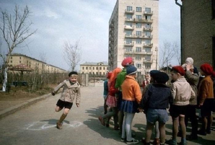 Вперёд в прошлое: Колоритные фотографии разных лет из жизни советских людей