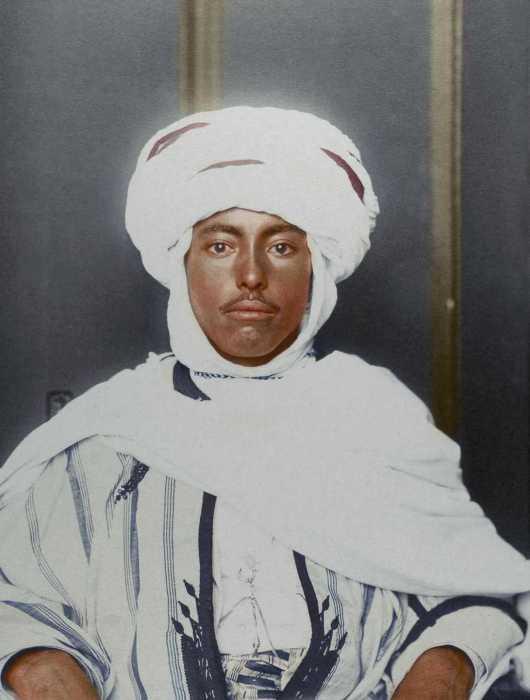 Алжирец, эмигрировавший в Америку в 1910 году.