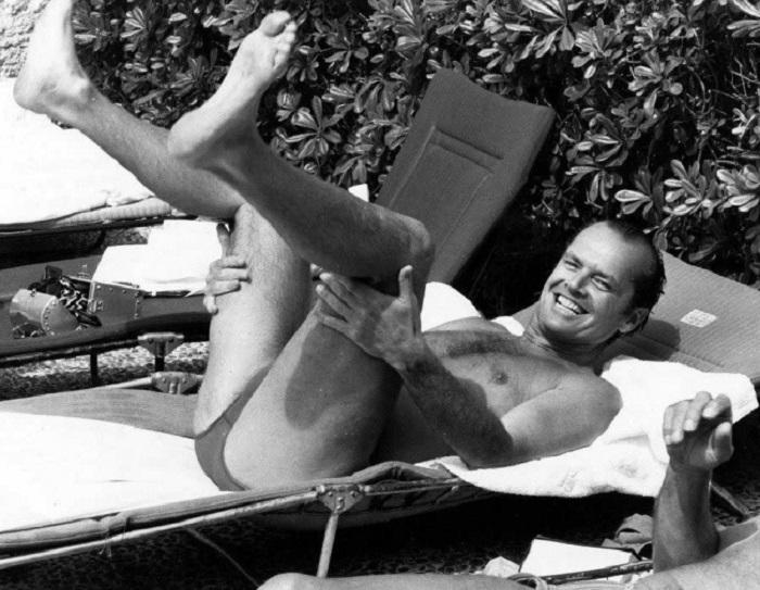 Джек Николсон отдыхает на Каннском кинофестивале, 1981 год.