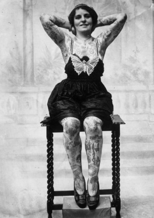 Жена британского татуировщика Джорджа Бурчетта.