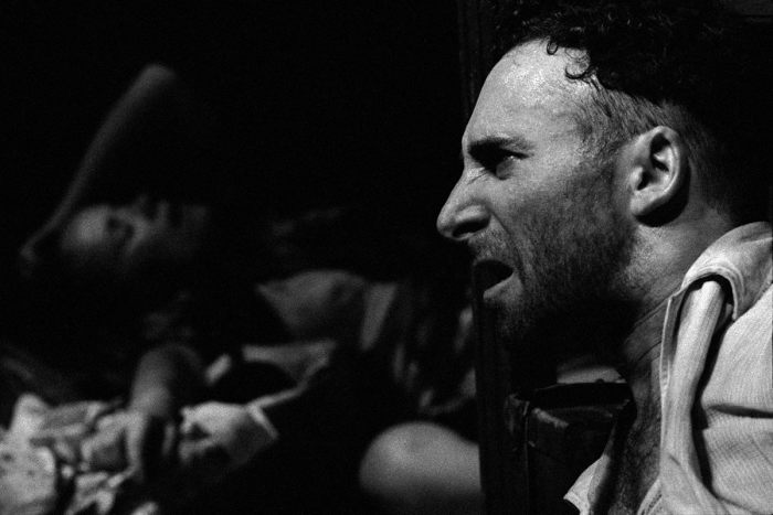 Энтони Шер в пьесе Атола Фугарда. Ислингтон, Лондон, 1988 год.