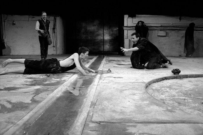 Ирландская актриса и театральный режиссёр Фиона Шоу в трагедии Софокла. Великобритания, Лондон, 1988 год.