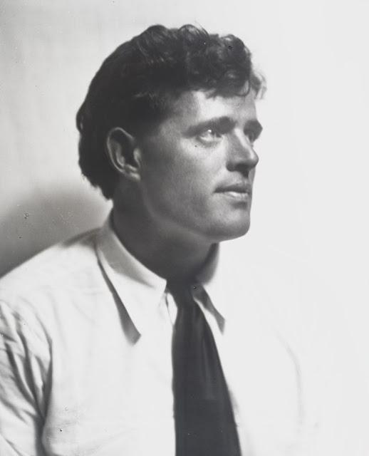 Портретная фотография Джека Лондона, сделанная в 1911 году.