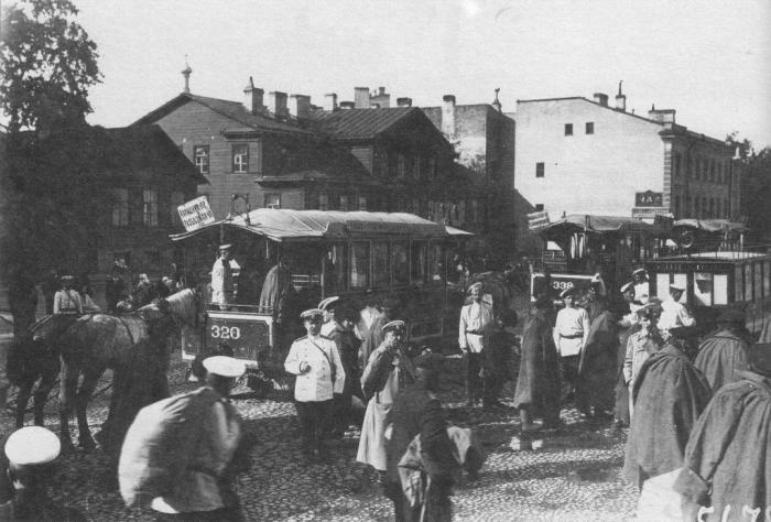 Транспортировка раненных в Николаевский военный госпиталь.