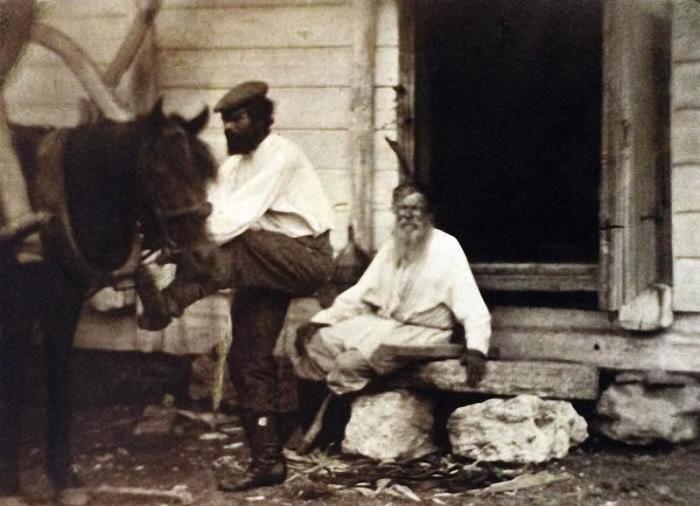 Казак и лошадь - это две неотъемлемые части одного целого.