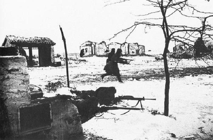 Завершающий этап крупной десантной операции советских войск на Керченском полуострове.