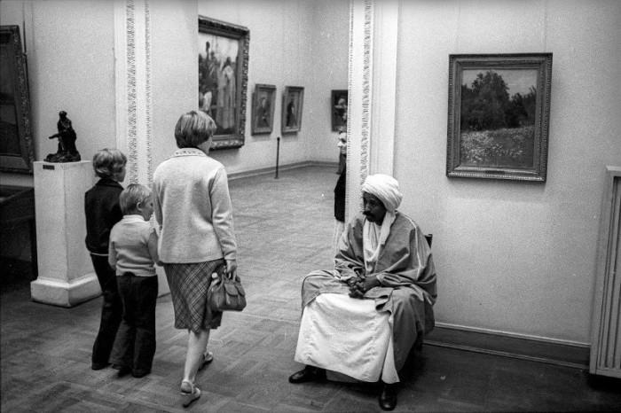 Крупнейшее собрание российского искусства. Россия, 1990-е годы.