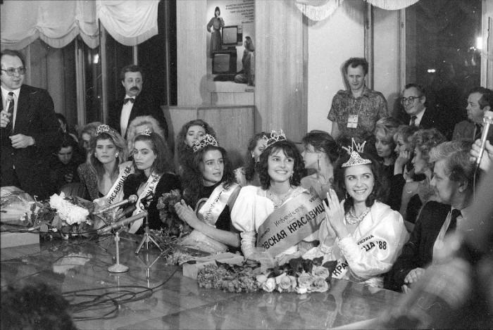 Финалистки конкурса красоты «Московская красавица — 88».