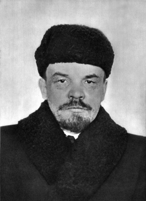 Один из главных организаторов и руководителей Октябрьской революции 1917 года.