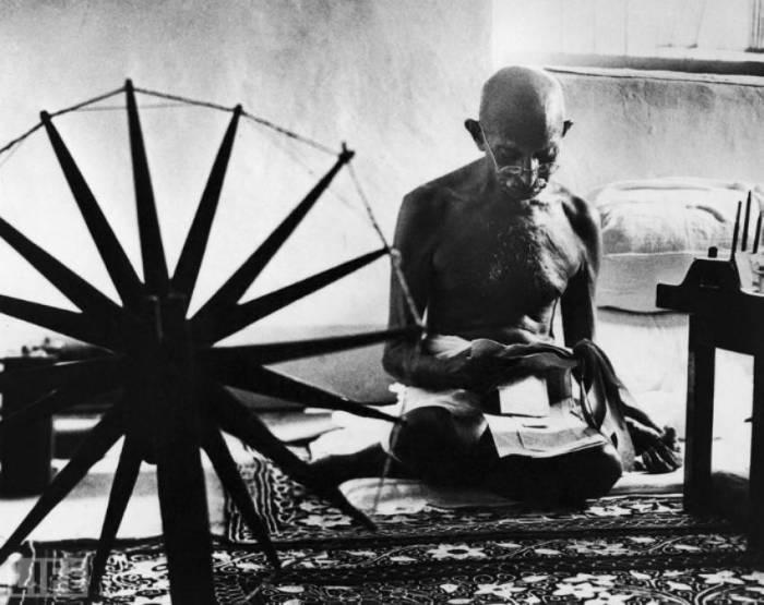 Индийский политический и общественный деятель. Автор фотографии: Маргарет Бурк-Уайт, 1946 год.