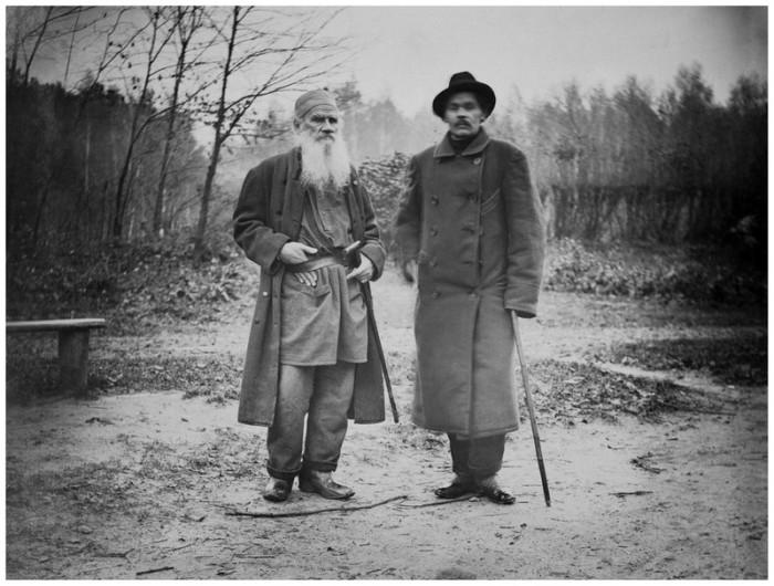 Лев Толстой и Максим Горький, 8 октября 1900 года. Тульская губерния, Крапивенский уезд, деревня Ясная Поляна.
