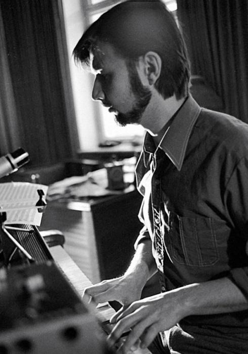 Известный советский композитор и народный артист Российской Федерации.