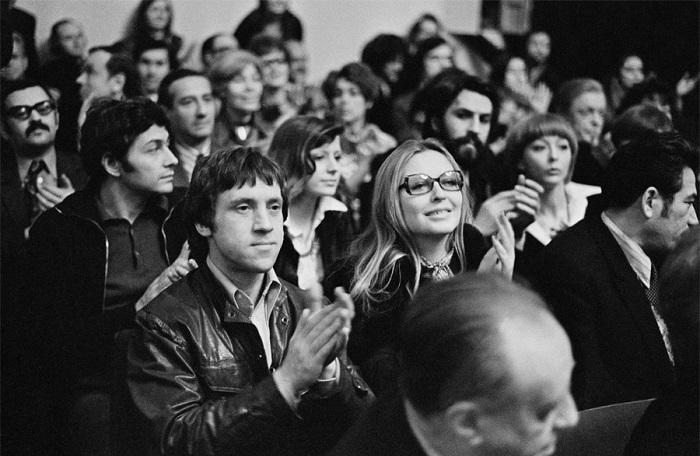 Редкие фотографии советских знаменитостей в неформальной обстановке.