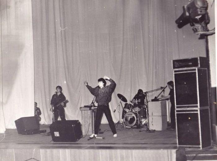 Выступление группы «Телевизор» в Ангарске в 1987 году.