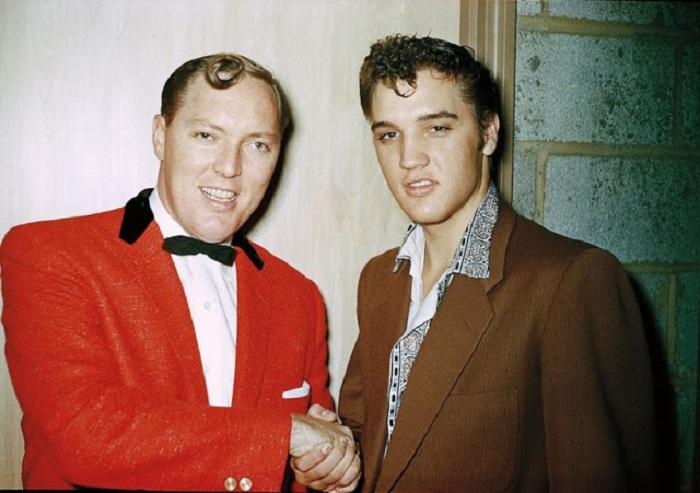 Два короля рок-н-ролла: Элвис Пресли и Билл Хейли.