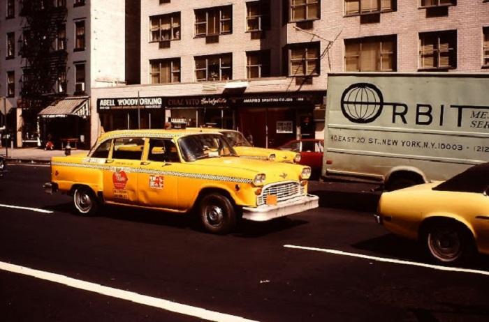 Такси на второй авеню. США, Нью-Йорк, 1980-е годы.