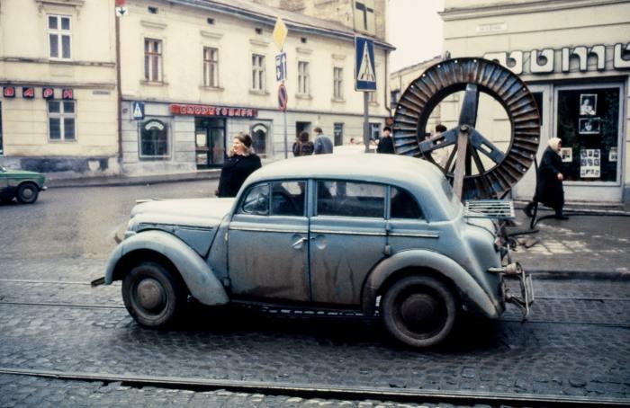 Раритетный автомобиль. СССР, Львов, 1990 год.