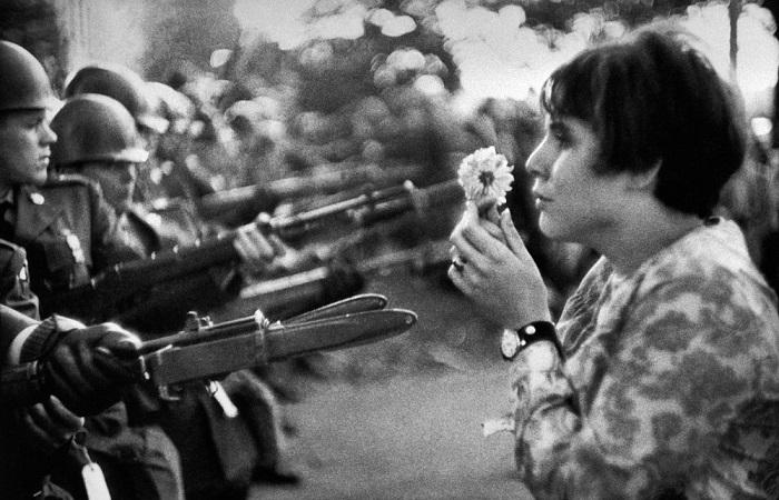 Демонстрация против войны во Вьетнами.