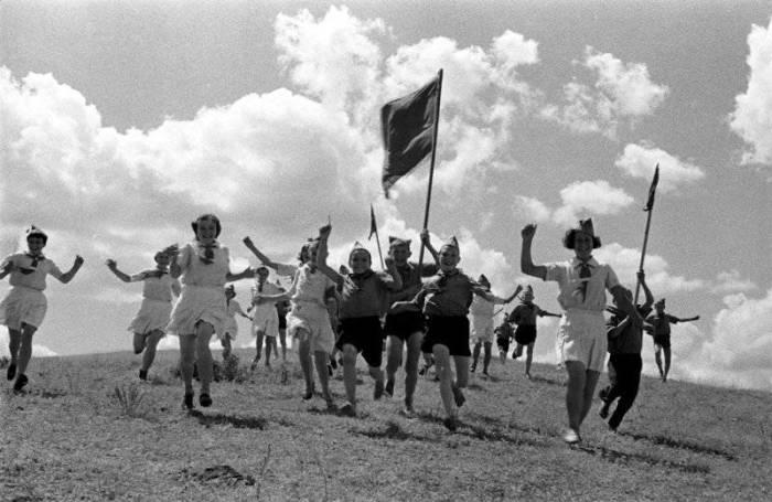 Советская молодёжная военно-спортивная игра.