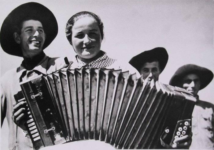 Первая красавица на селе. Кабардино-Балкария, 1934 год.