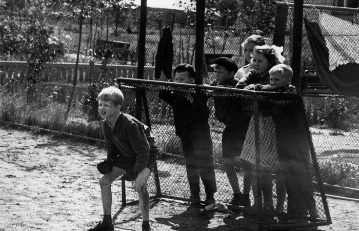 Гениальные фотографии от легендарных советских фотомастеров.