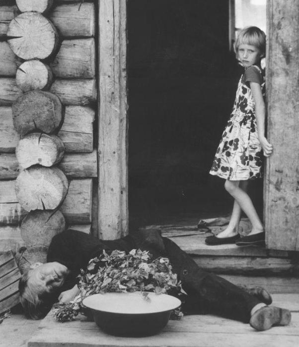 Выходной день. СССР, 1965 год. Автор фотография: Игорь Гневашев.