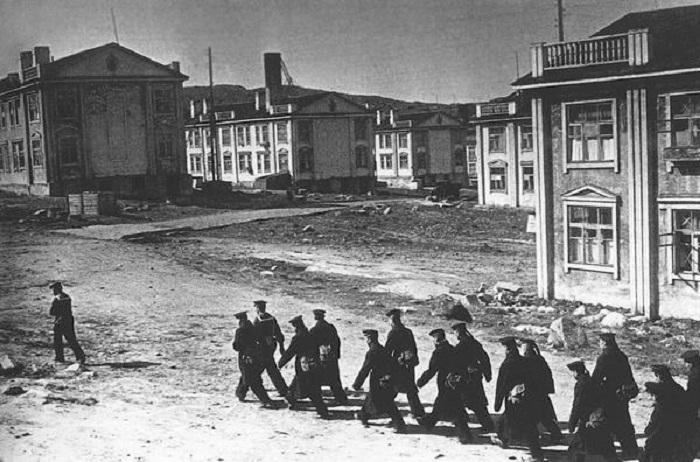 Подготовка советских войск к наступление германо-финских войск на Мурманском участке.