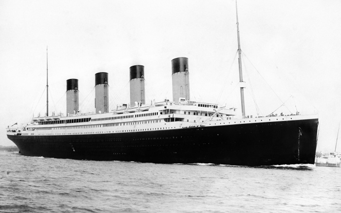 Фотография спущенного на воду Титаника.