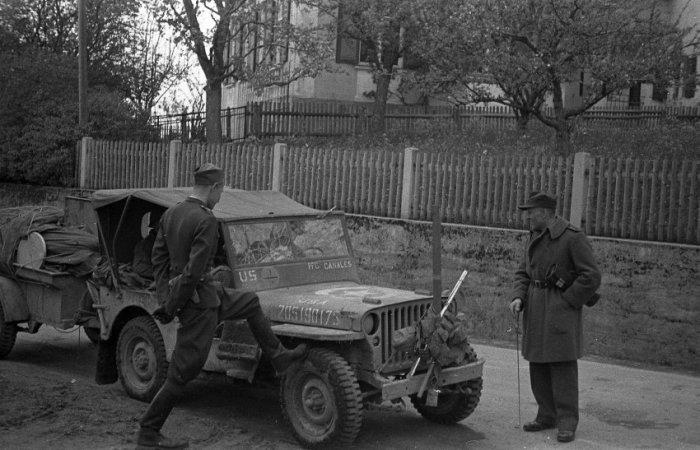 Жизнь в образцовом нацистском лагере во время войны.