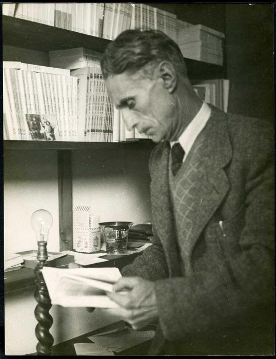 Французский писатель, который был популярен в начале XX века.