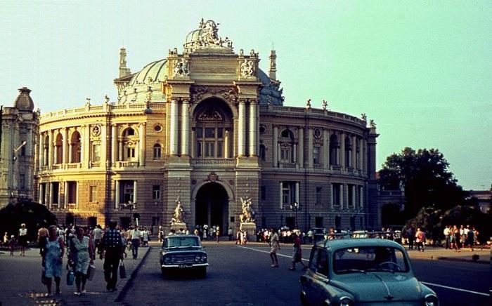 Одесский национальный академический театр оперы и балета. Город Одесса, 1969 год.