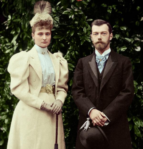Цесаревич Николай и принцесса Аликс в апреле 1894 года.