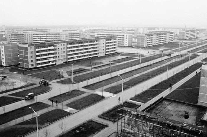 Помимо поселения атомщиков, Припять также проектировалась как крупный транзитный центр. Для своего времени это был самый новый и самый передовой по системе городского планирования населенный пункт на западе СССР.