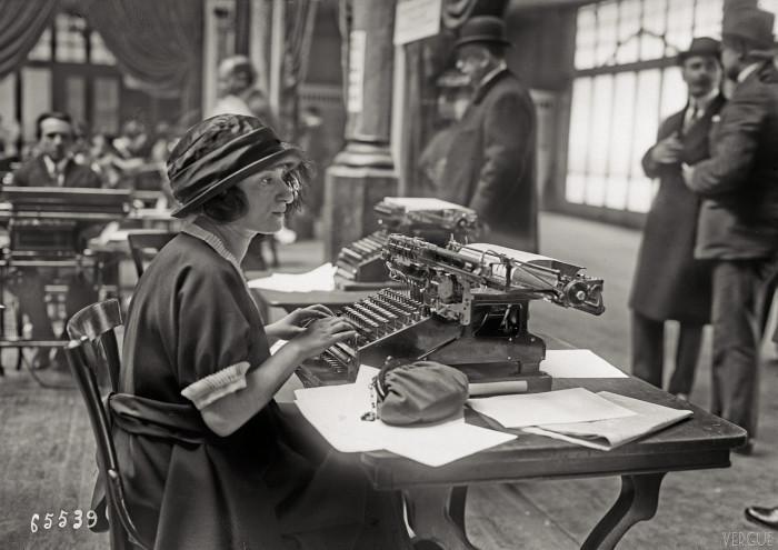 Конкурс секретарей-машинисток. Франция, Париж, 1921 год.